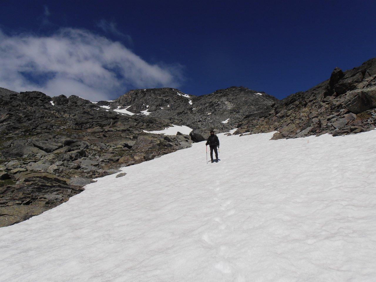 04 - prima lingua di neve poco sopra la Capanna Vacca