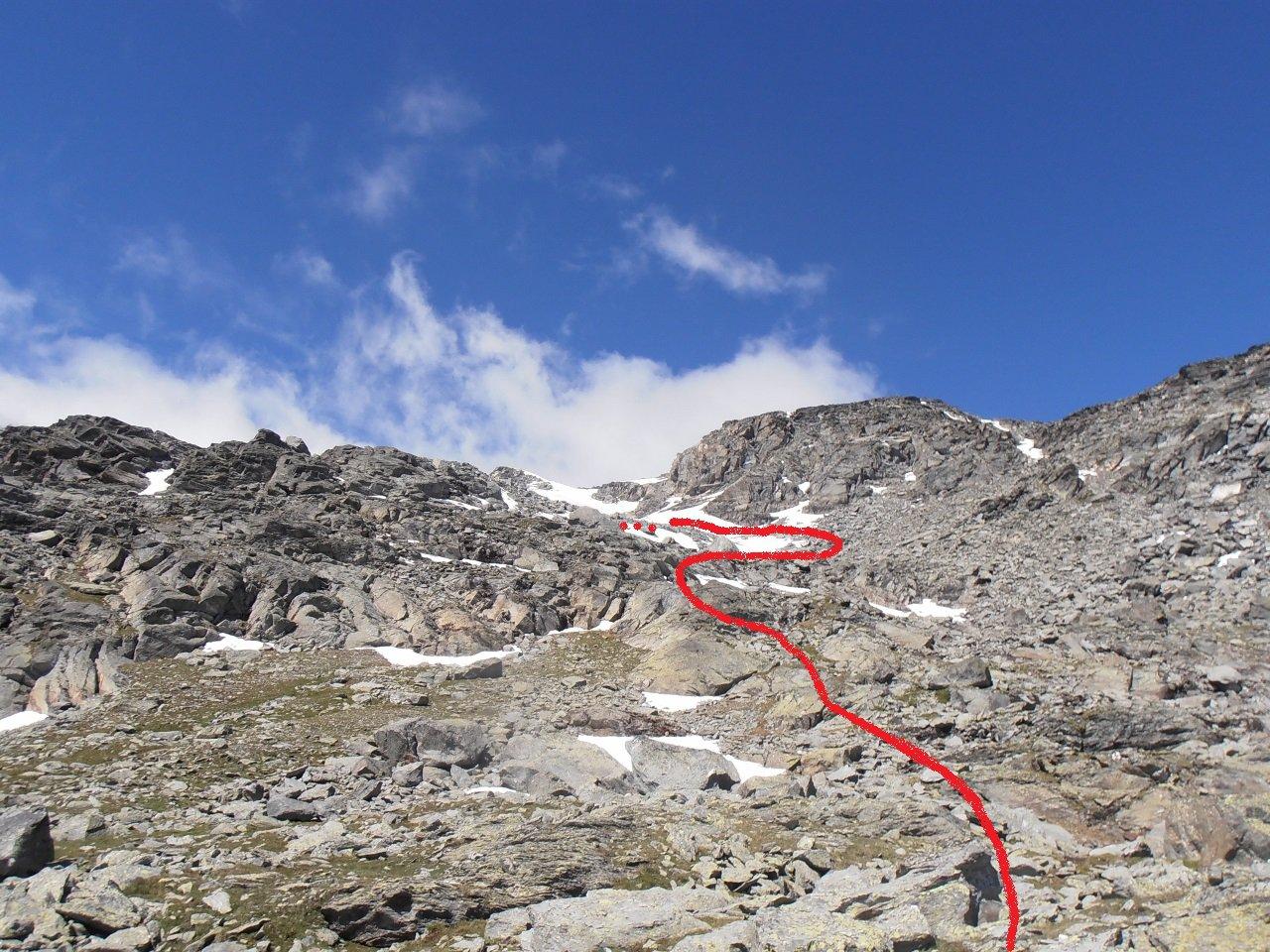 05 - zona di grossi blocchi e rocce montonate dopo il primo nevaio