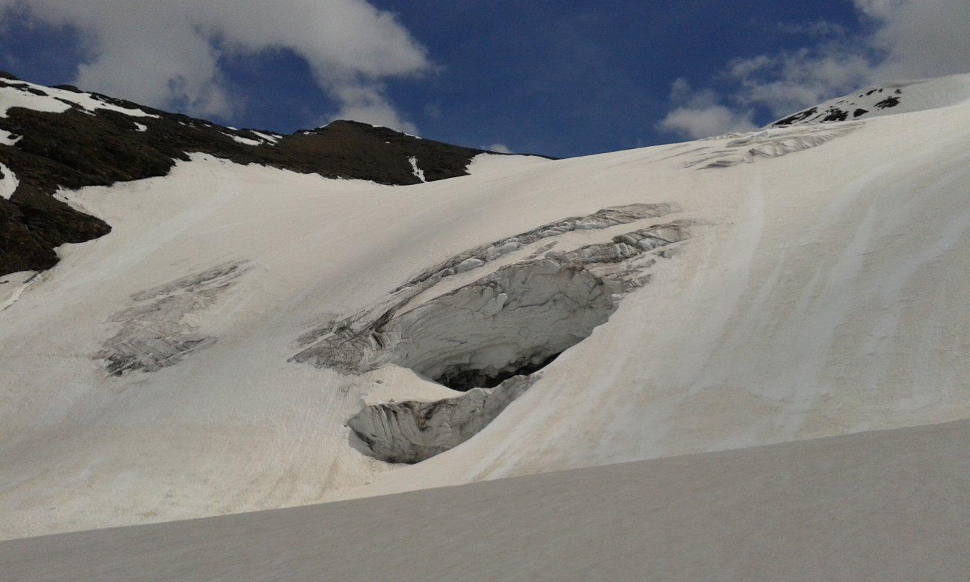 Tratto di ghiacciaio sotto al colle