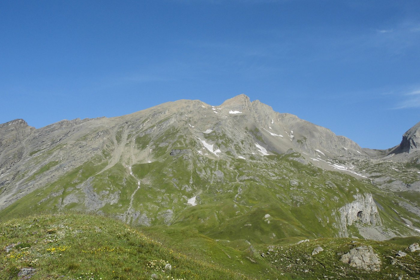 La cima del Gran Rochere dall'Alpe Bonale