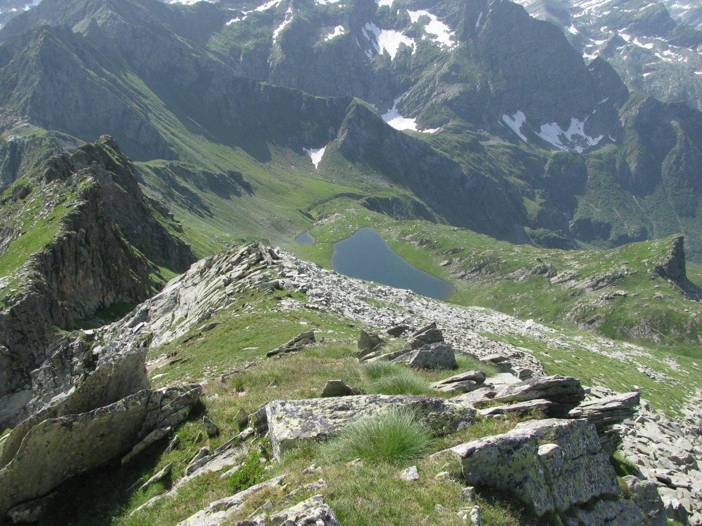 Dal Monte Santanel, discesa agli omonimi laghi