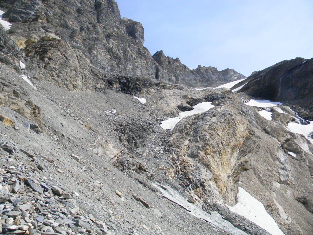 la morena sotto il ghiacciaio Basagne