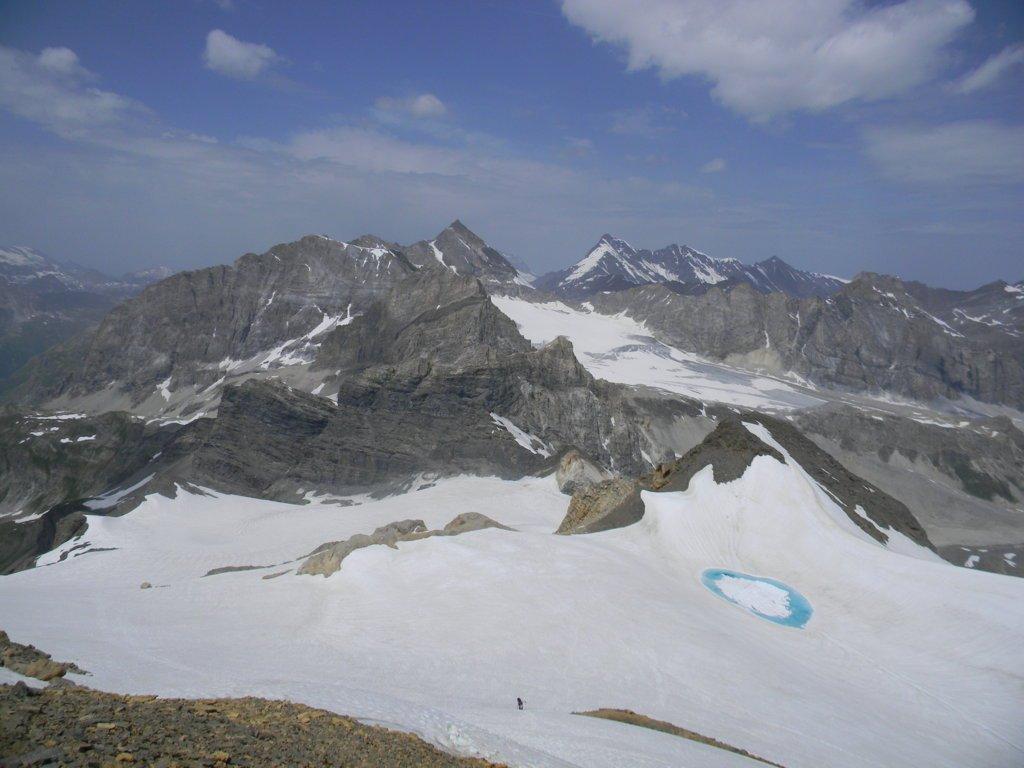 dalla cima l'intero ghiacciaio Basagne risalito