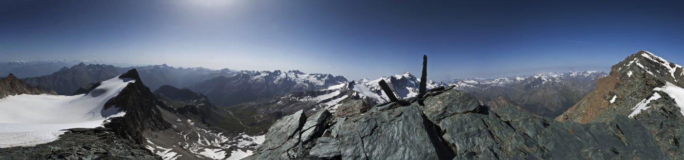 Panorama a 180° ripreso dalla vetta della Nera (Photomerge)