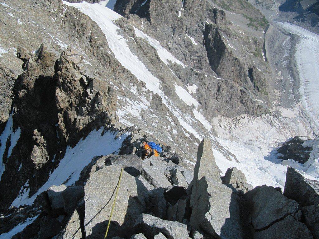 dopi il Pizzo Bianco si affronta il tratto di cresta rocciosa