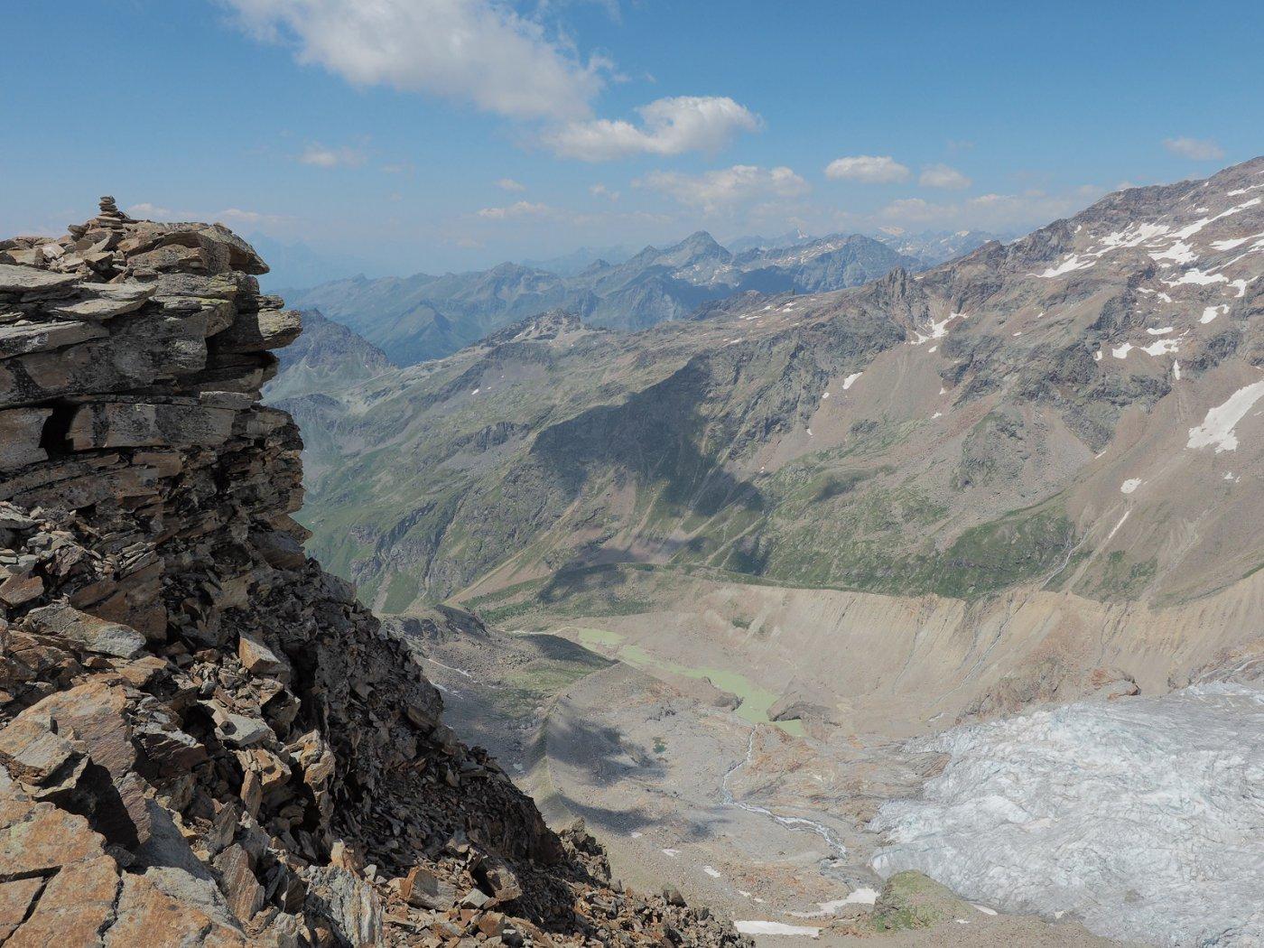 Sbalzo della cima a 3348 m