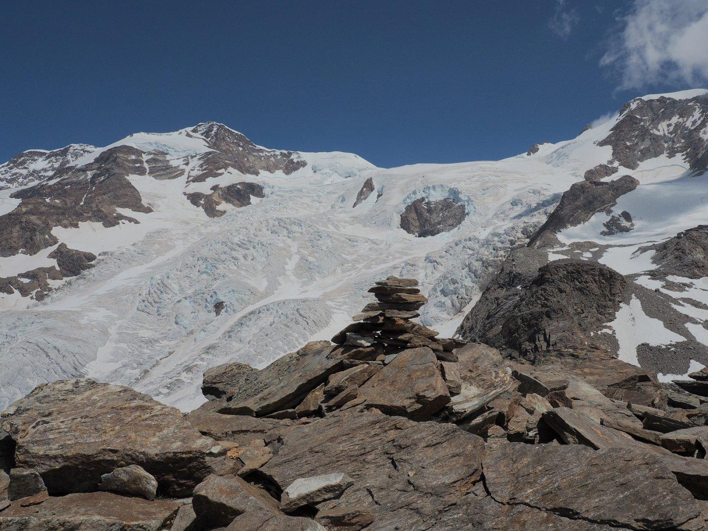 L'ometto sulla cima a 3348 m