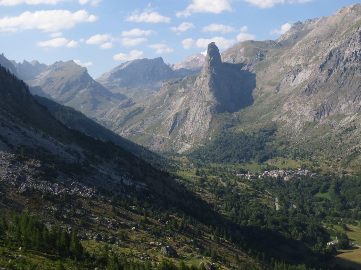 Al ritorno la Roccia Provenzale domina il panorama