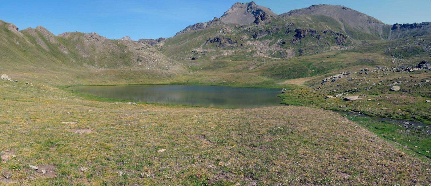 lago coronas e in fondo la punta di leppe