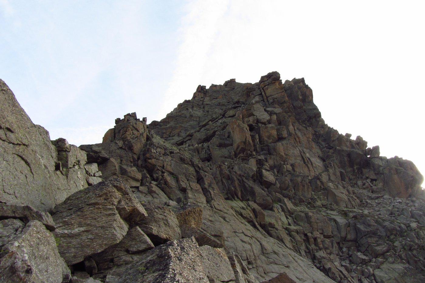 La cresta osservata dal colletto dei Becchi