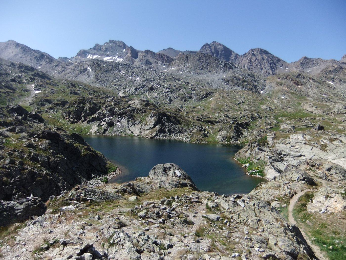 Lago Bes con Salza e Mongioia