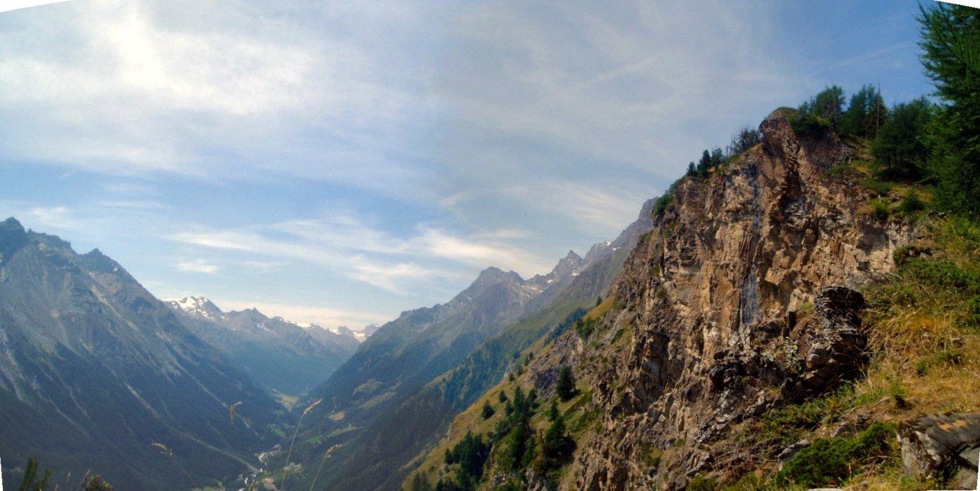 La Valle di Rhemes dal sentiero di salita.
