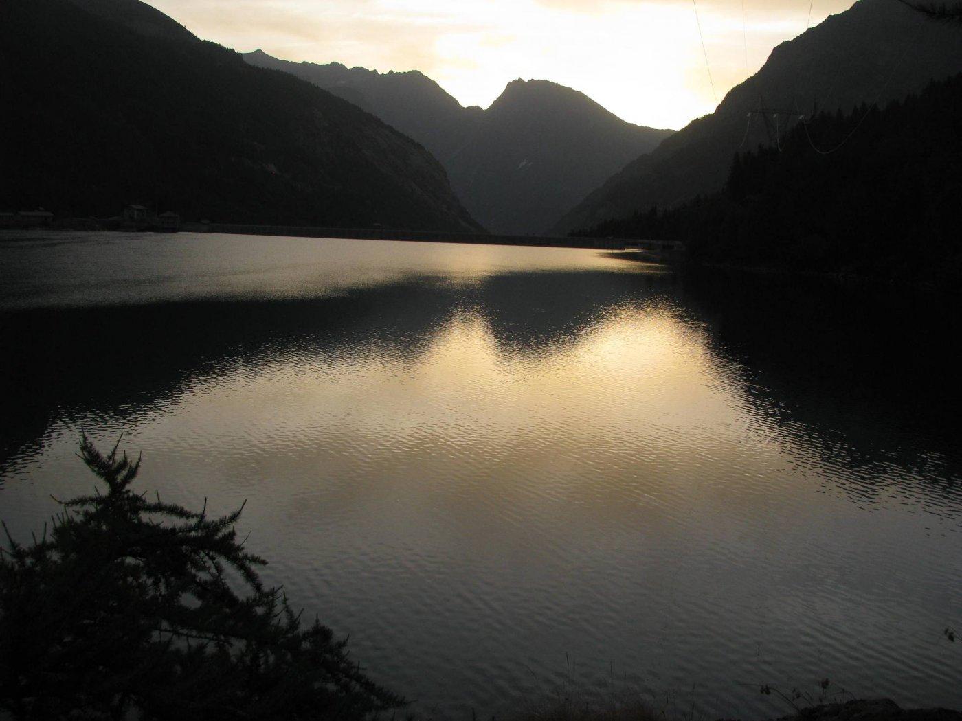 Lago di Ceresole alla partenza da Villa Poma