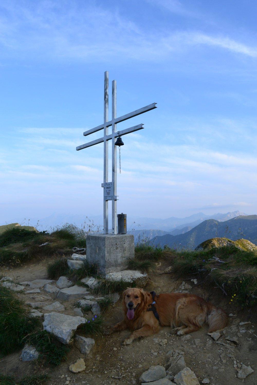 la croce alla Bocchetta di Corna Piana (2076 m)