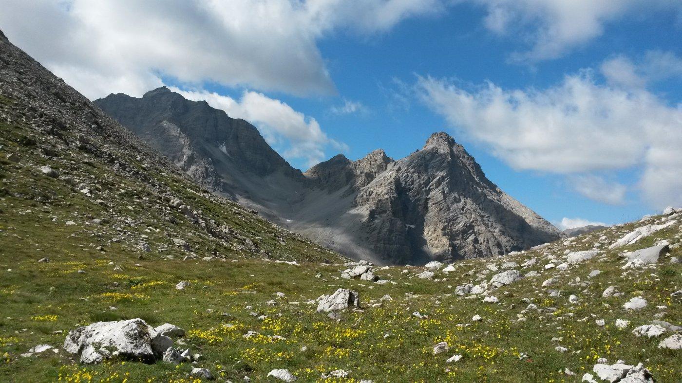 Panoramica sul versante francese, a valle del bivacco