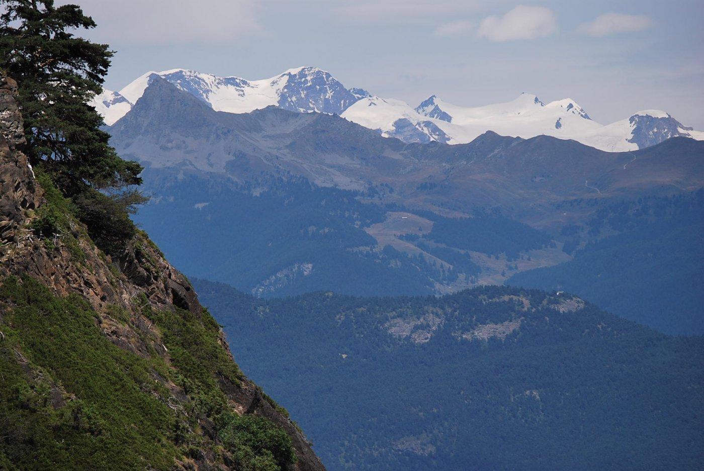 Zoom sul Monte Rosa dall'eremo