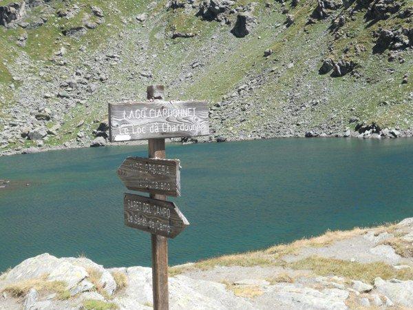 Splendido lago che vi accompagna per quasi tutto l'itinerario