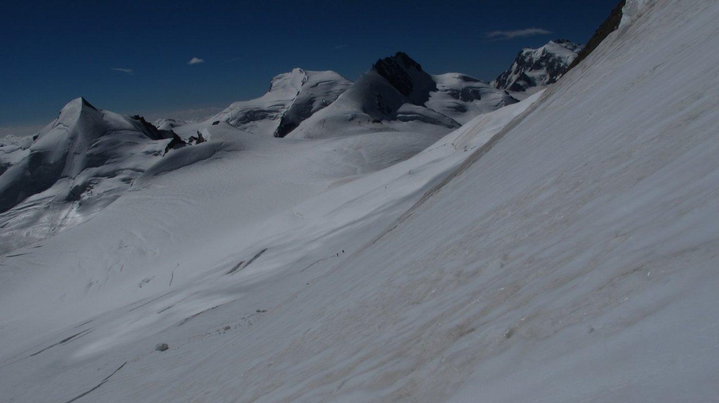 Scendendo il versante est verso l'Alphubeljoch