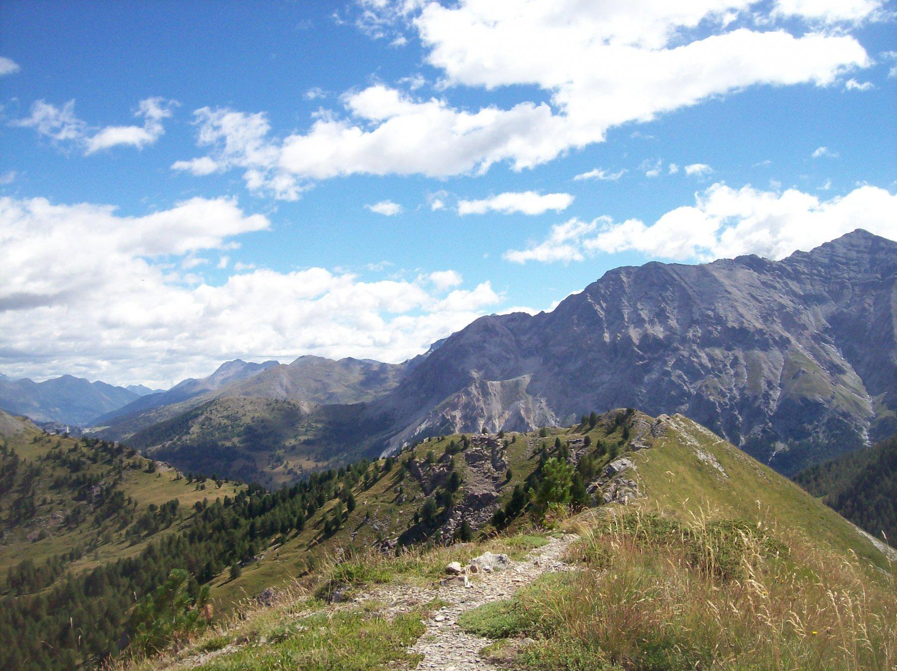 La cresta che collega al Monte Begino