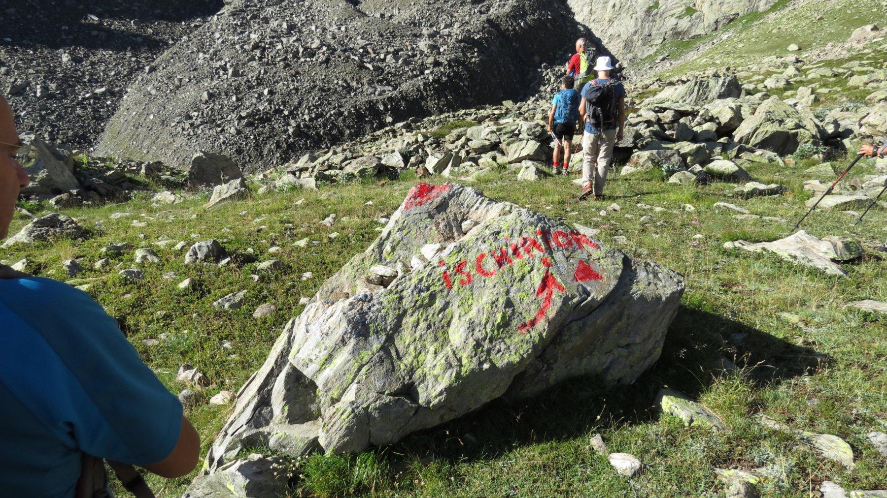 indicazioni al bivio dove occorre lasciare il sentiero che sale verso il Passo di Tres Puncias (2-8-2015)
