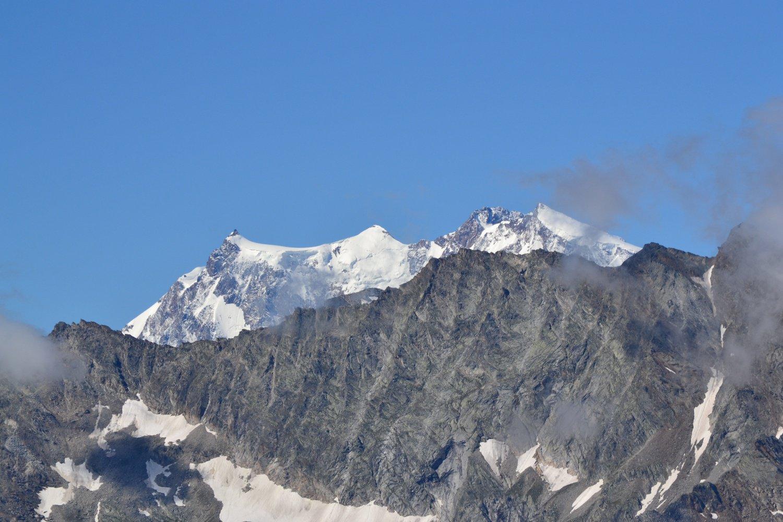 sbuca il Monte Rosa