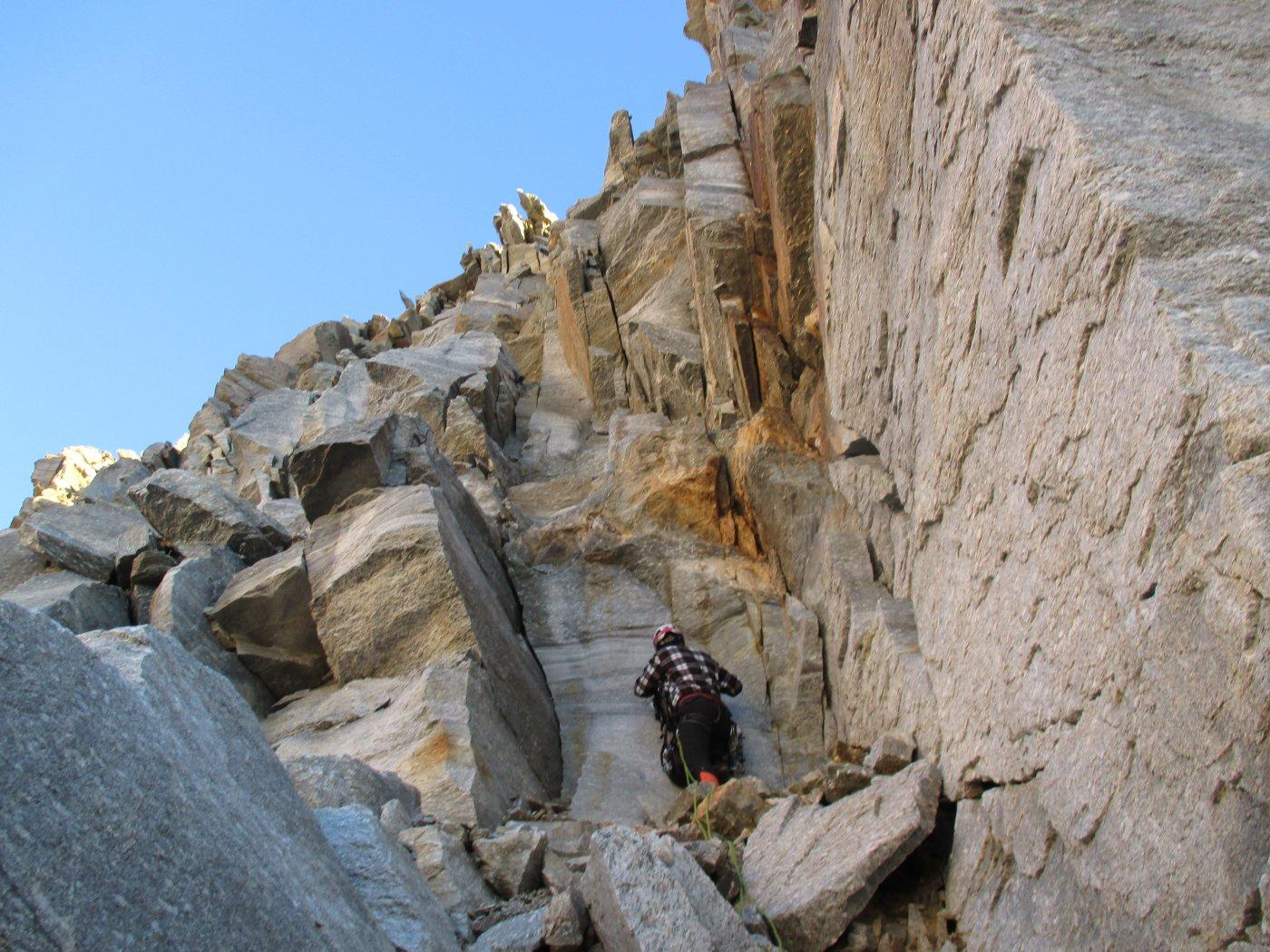 canale/parete per attaccare la cresta