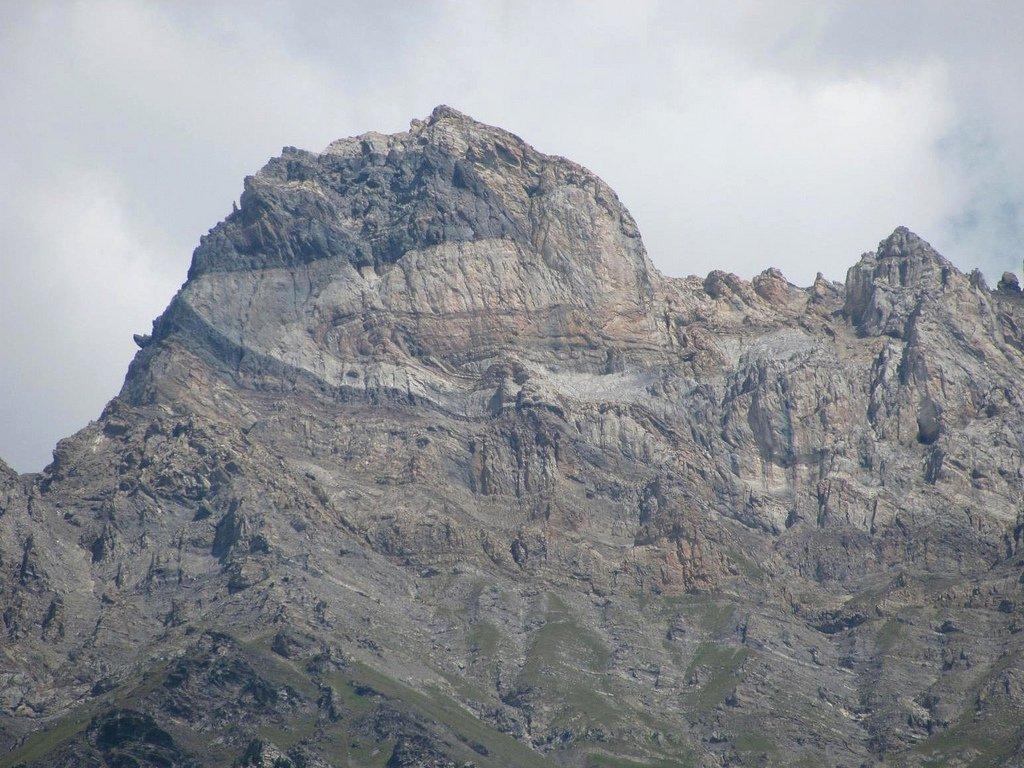 la montagna vista dalla parte opposta della valle del Rodano (foto scaricata dal web).