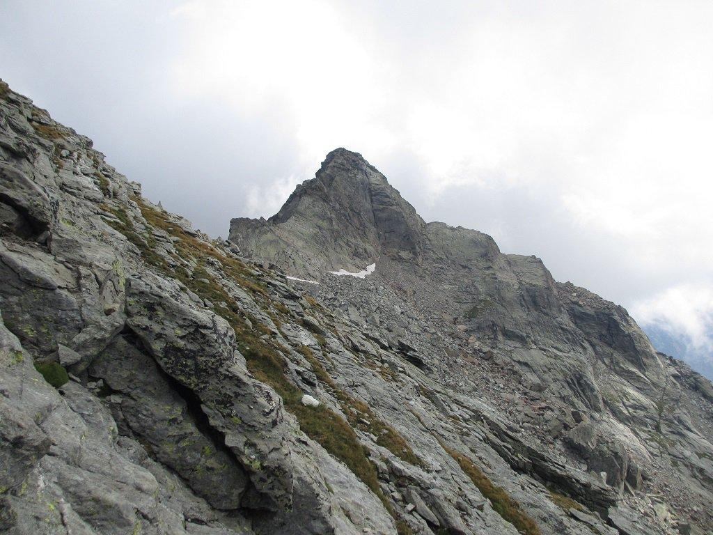 Il traverso che porta alla cresta ovest