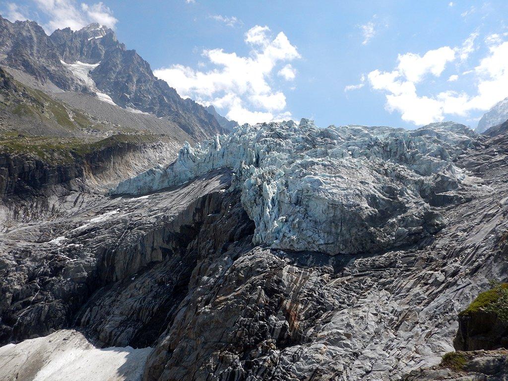 Vista dal punto panoramico basso fronte ghiacciaio