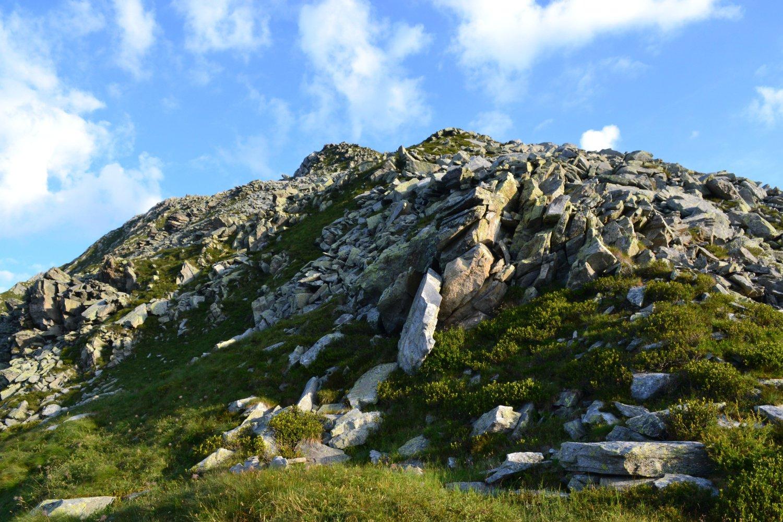 cresta rocciosa salendo al Cimonetto