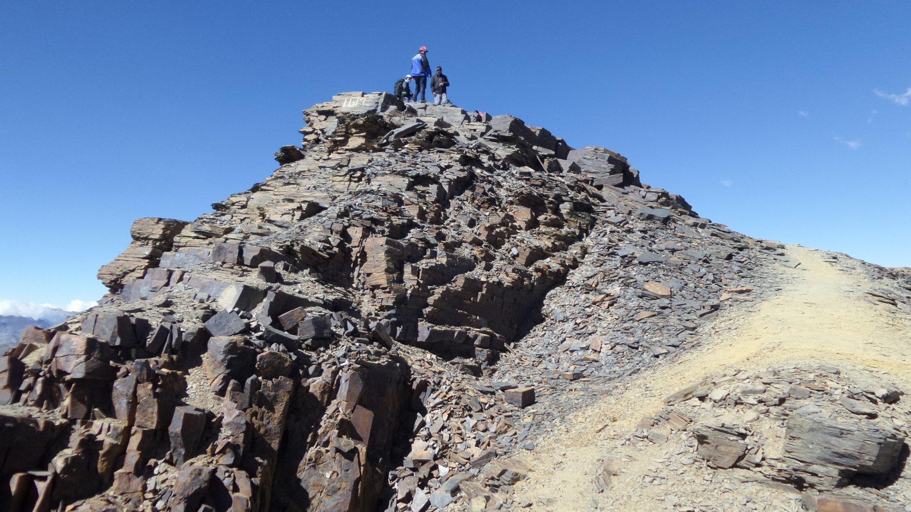 l'arrivo in vetta al Pico Chacaltaya (10-8-2015)