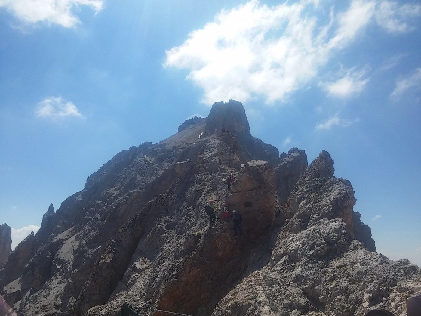 La cima vista dal rifugio Lorenzi
