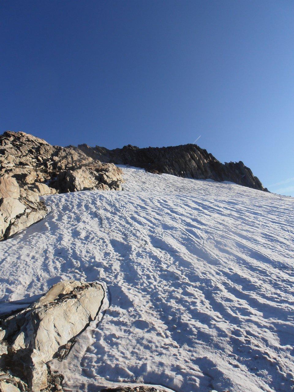 14 - partenza dello strappo finale per la cima, sui 30 gradi