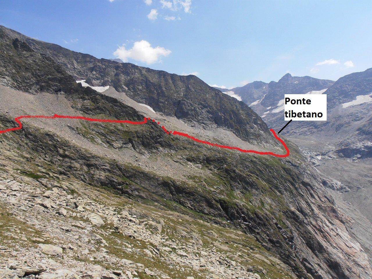 05 - si percorre l'impervio costone della montagna