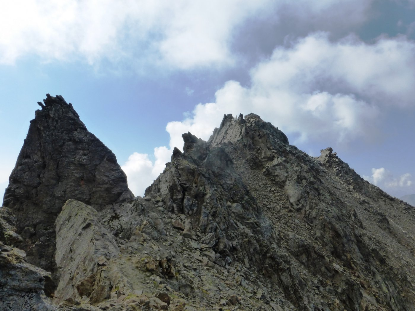 Salliaosa (Punta) per la cresta delle Punte Chenaille e Tete des Cretes 2015-08-12