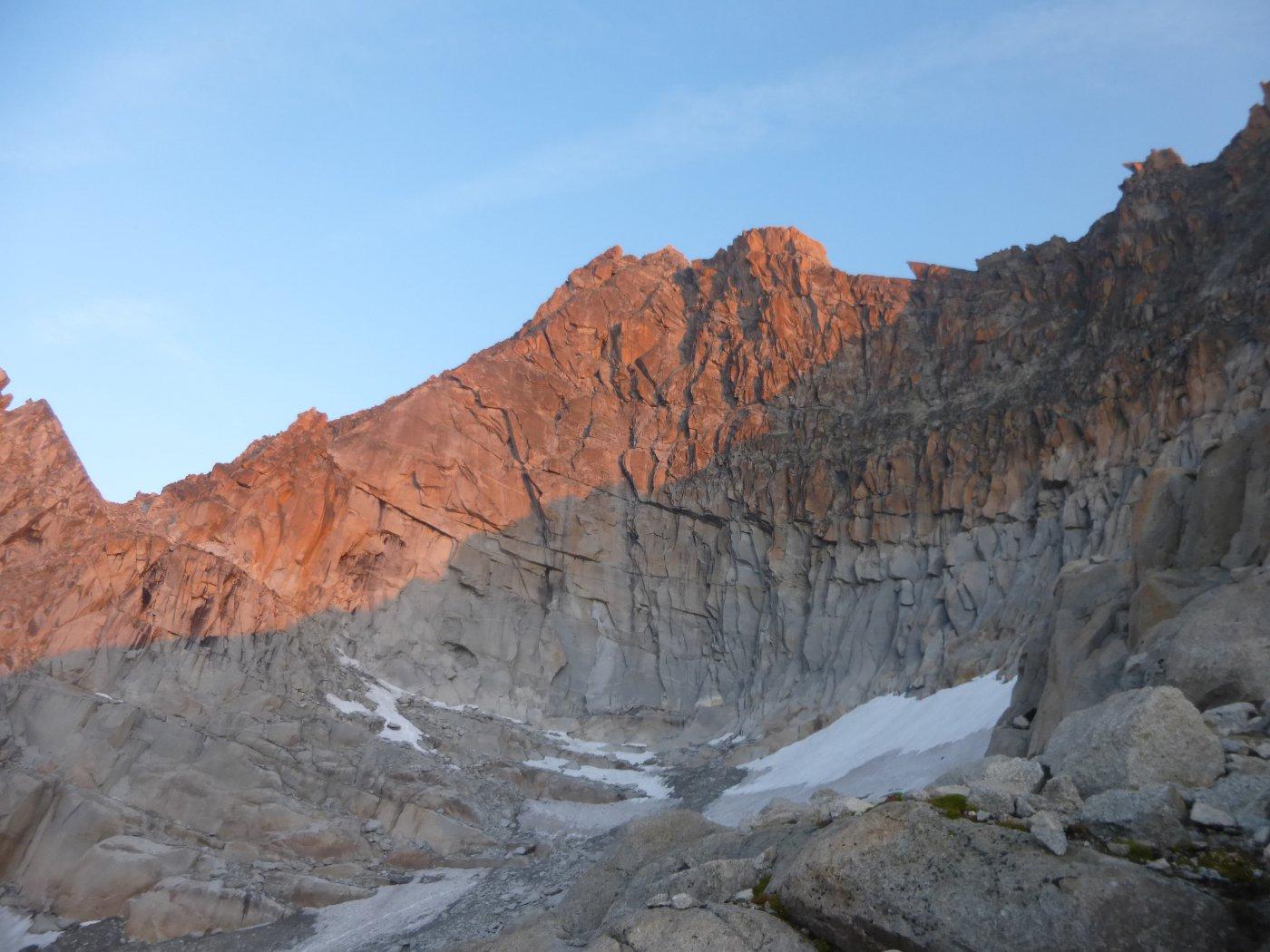 la cresta sud dell'Aiguille Sans Nom...