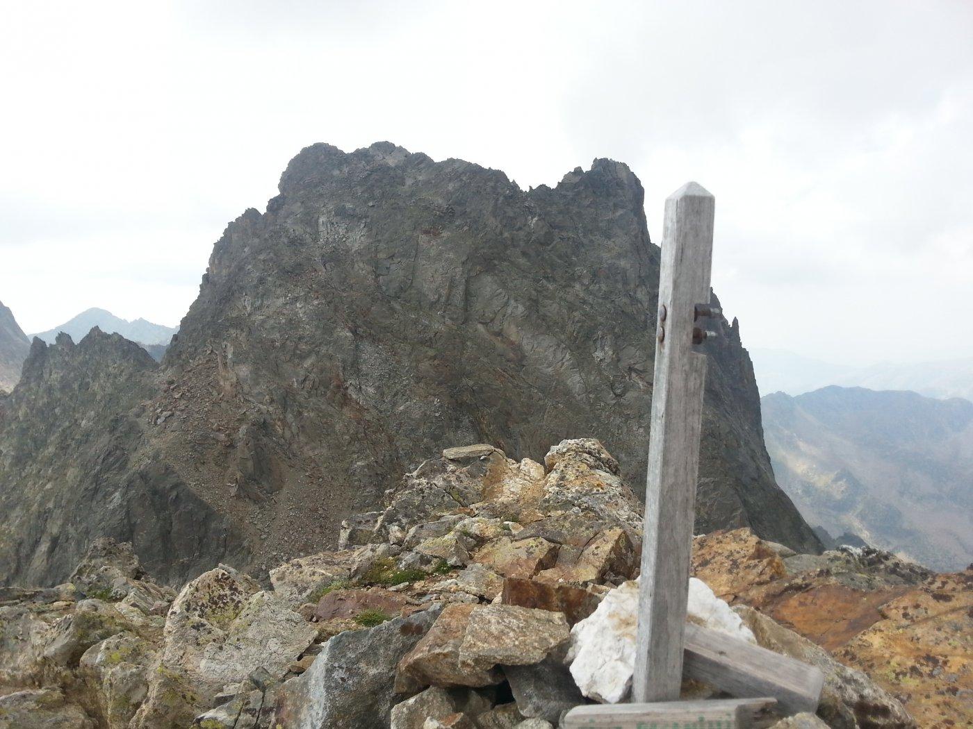 La cima di Nasta dalla vetta
