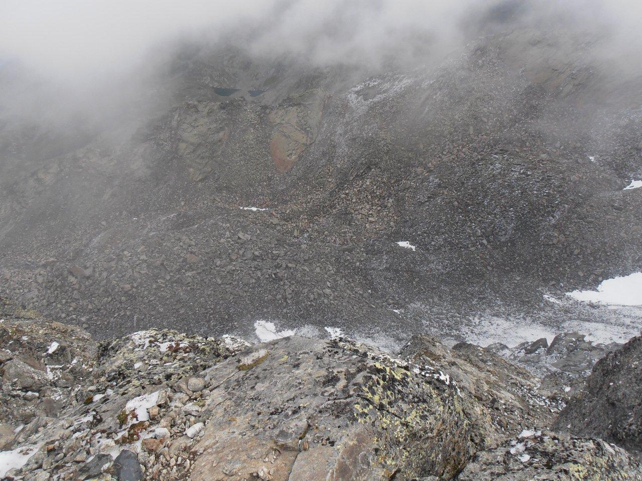05 - notevole salto nel vuoto dalla cima sulla parete nord