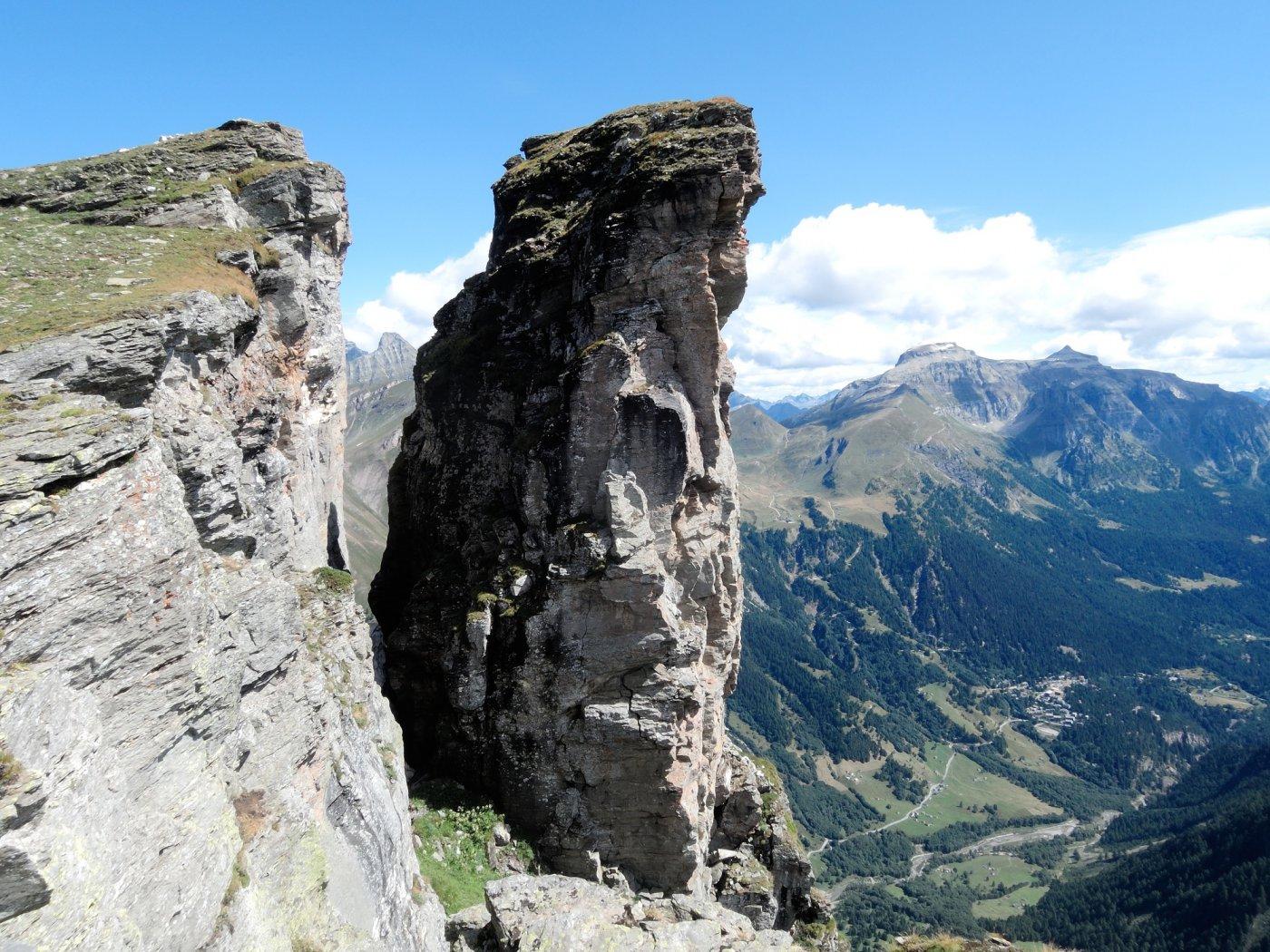 Torre staccata dall'antecima (dal 26 giugno 2017, prima ascensione, PIZZO GIAMBI)