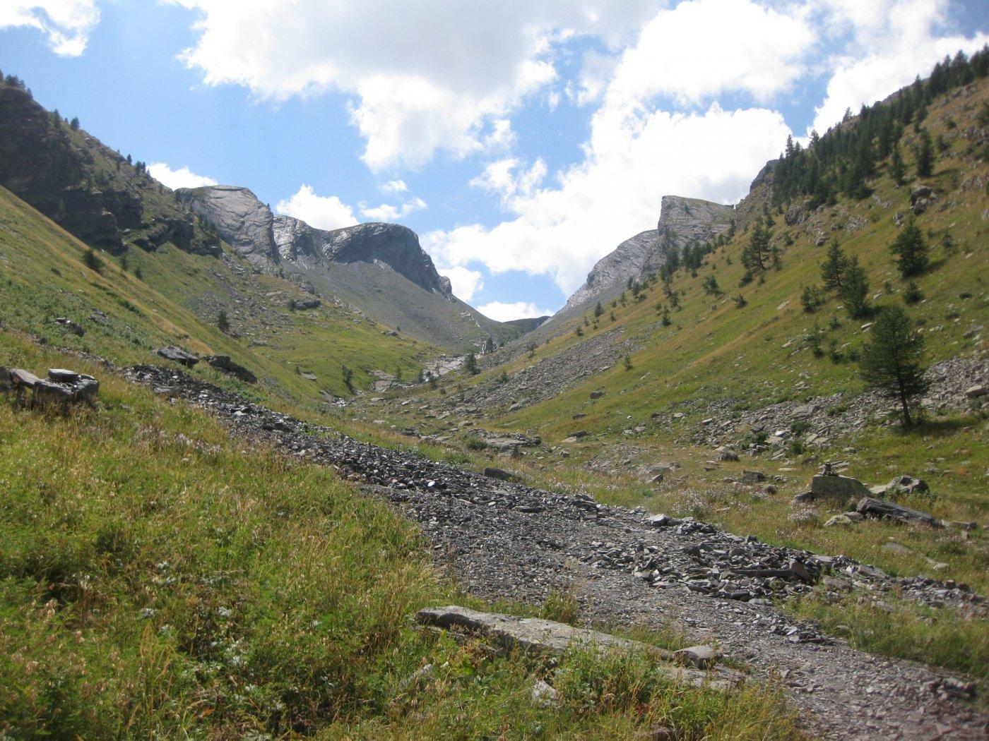 Enchastraye (Monte) e Rocca Tre Vescovi da Argentera per il vallone del Puriac 2015-08-22