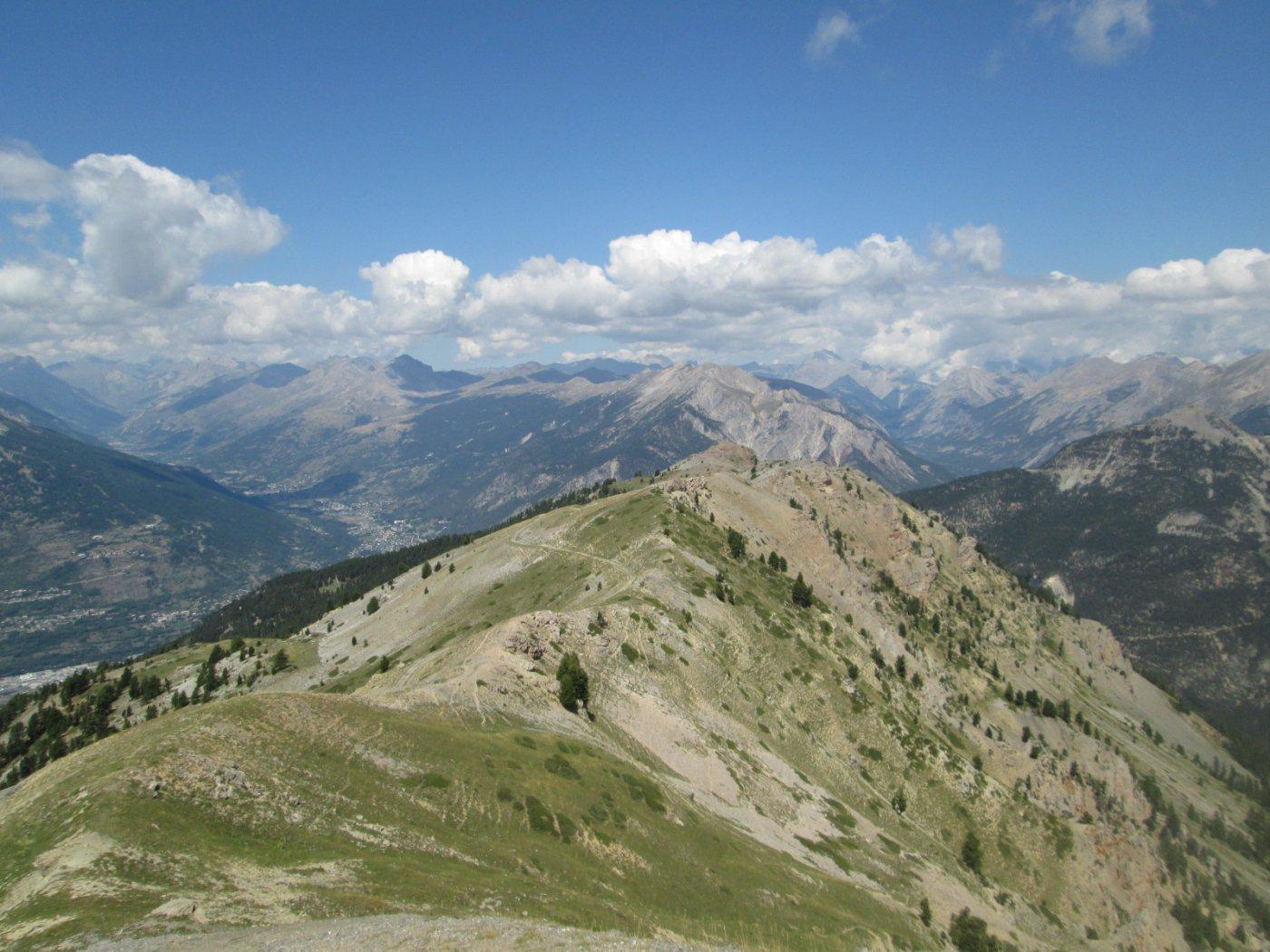 in cima alla quota 2.512 m