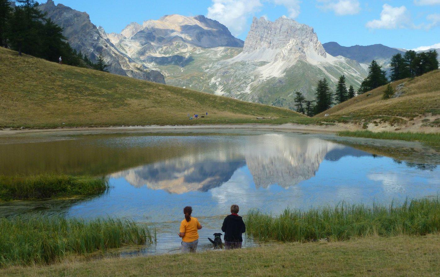 al lago con sullo sfondo il thabor