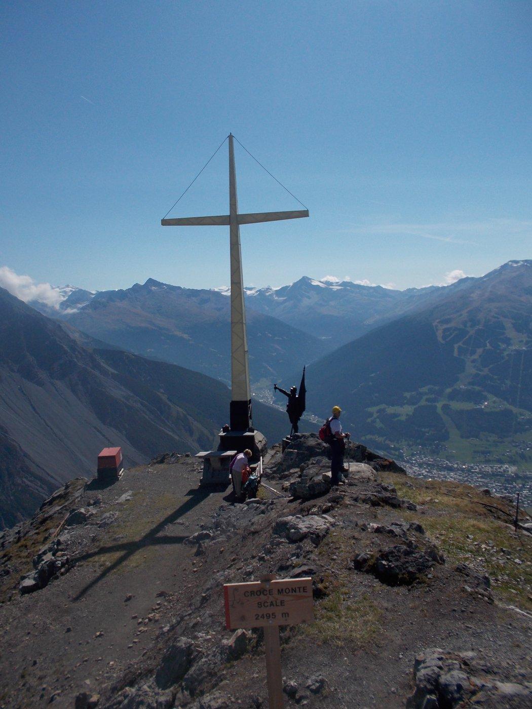 Alla croce del Monte delle Scale 2495 mt