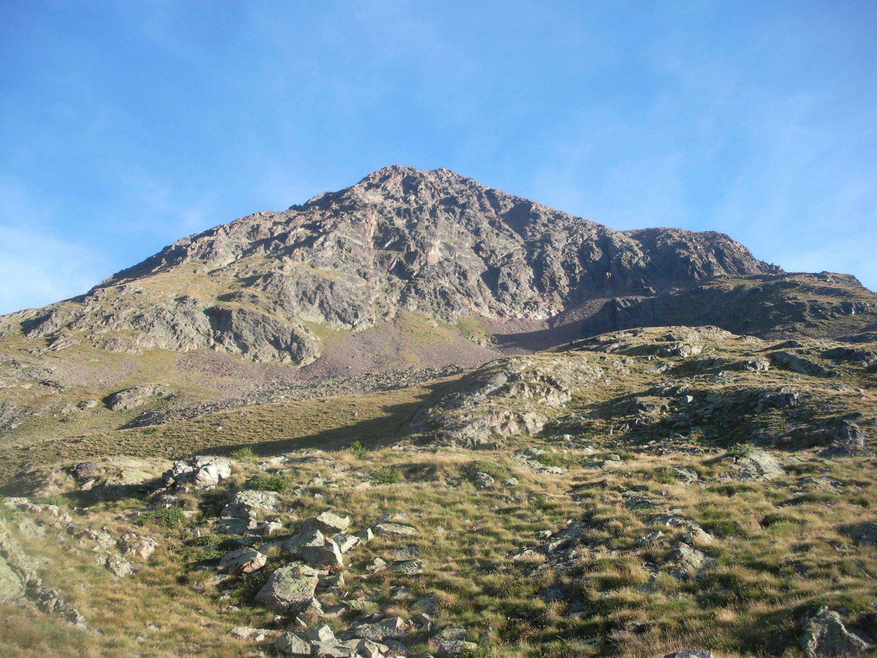 La Becca..dai pressi dell'alpe Chatele'..