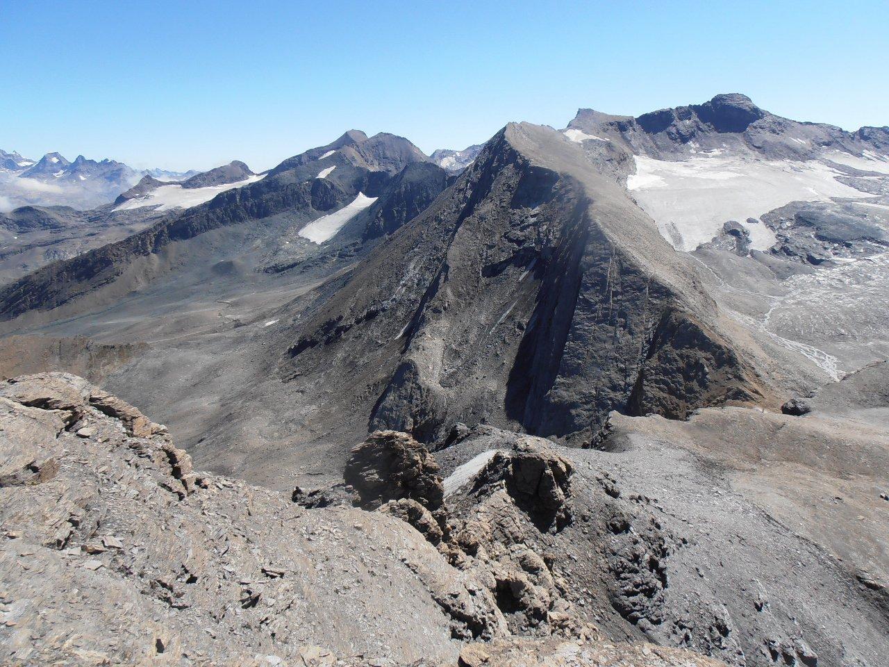 02 - Aguille Pers vista dalla cima est