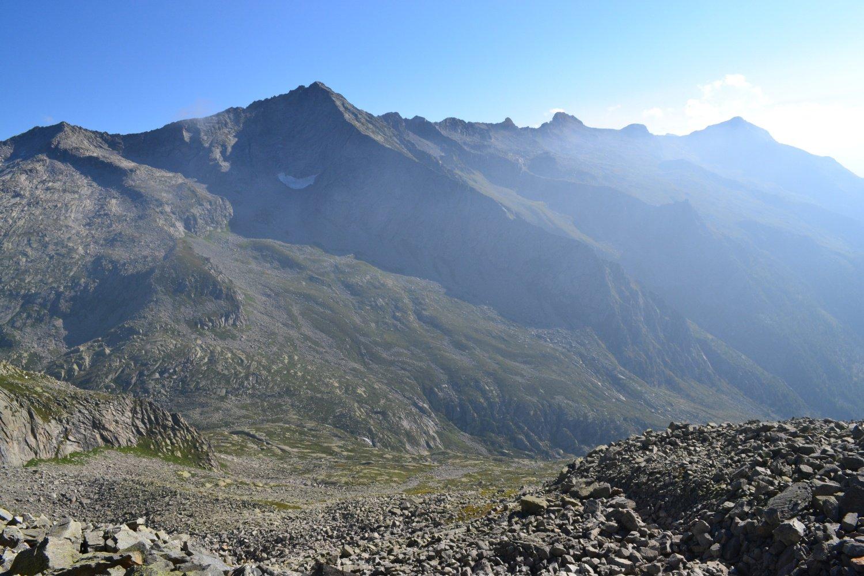 Val Mondelli con la Punta Laugera sullo sfondo
