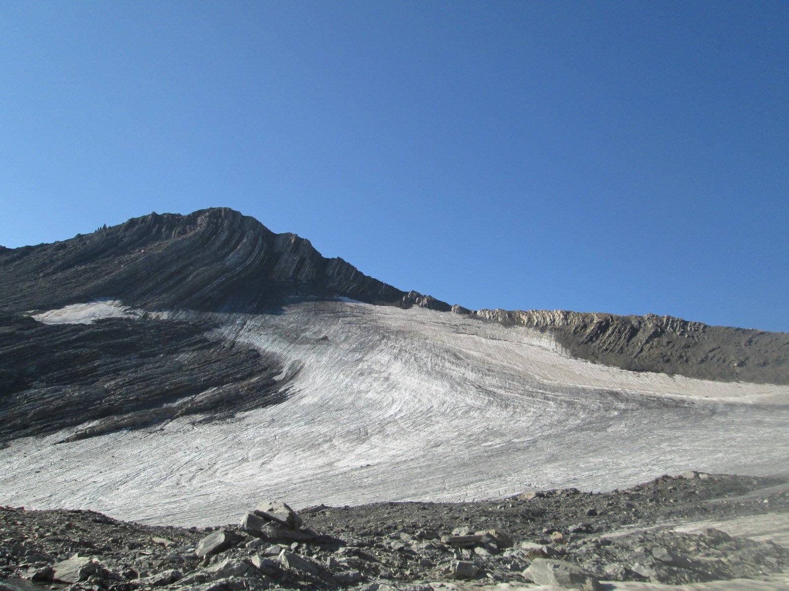 il ghiacciaio con la cima