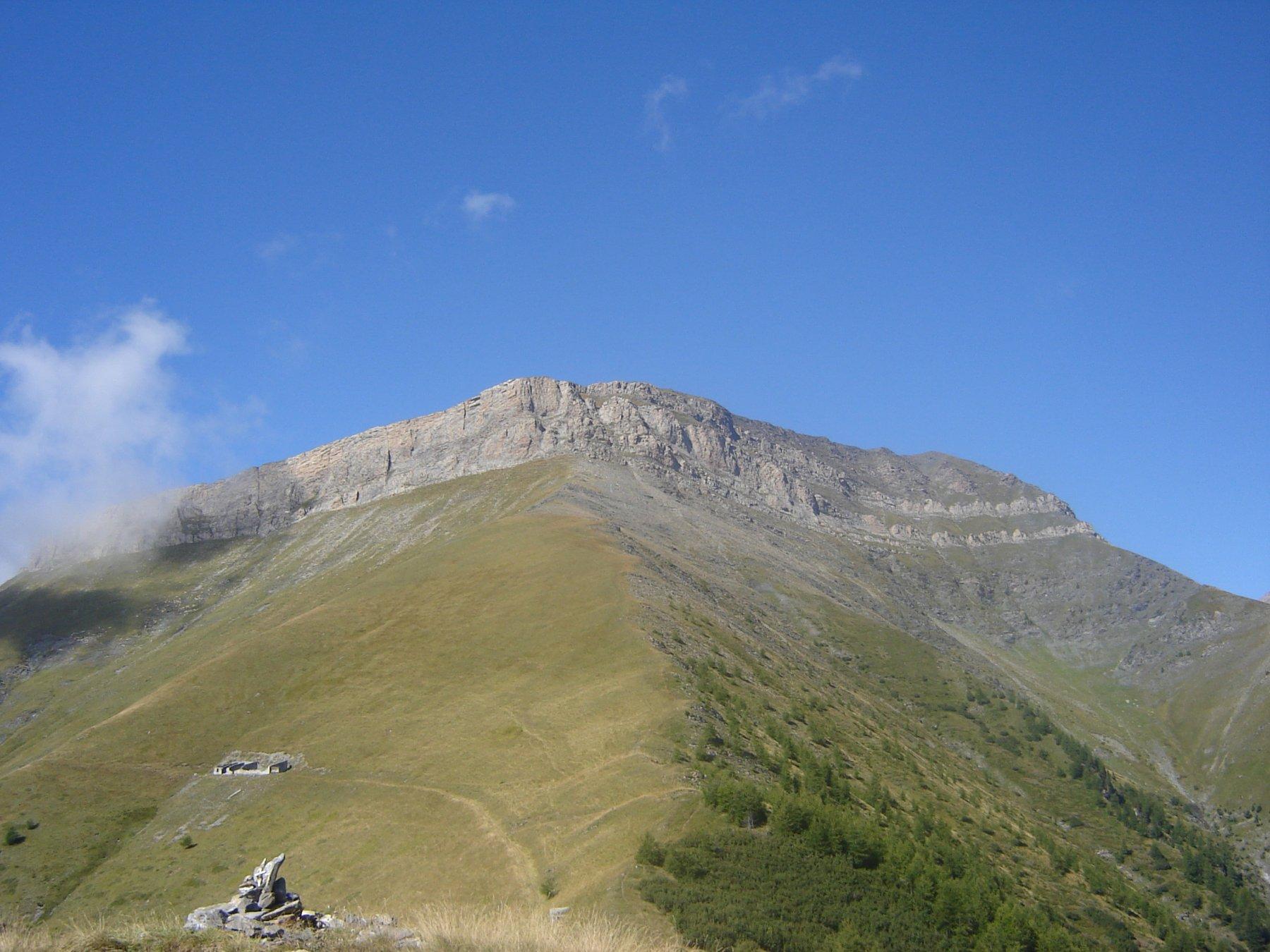 Vista del Monte Pietralunga dalla punta della Battagliola