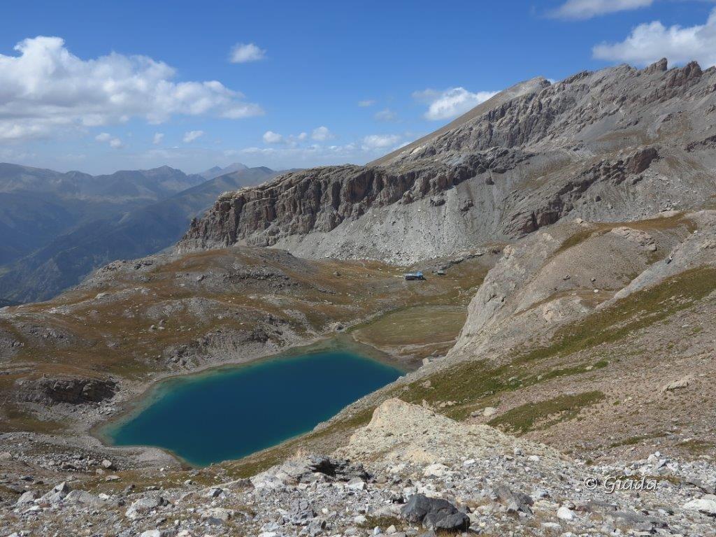 Lac Premiere Refuge du Chambeyron e dietro il Bec Roux
