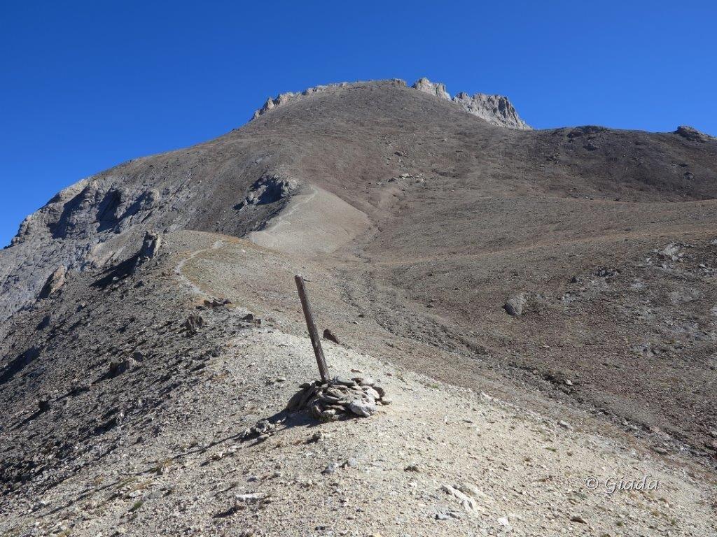Aval (Pointe d') o Pointe de Chauvet da Fouillouse per il Refuge de Chambeyron 2015-08-31
